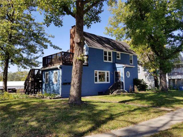 146 S Leonard St Street, Liberty, MO 64068 (#2202065) :: House of Couse Group