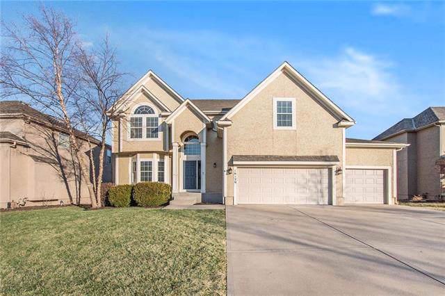 16129 S Brookfield Street, Olathe, KS 66062 (#2202095) :: Team Real Estate
