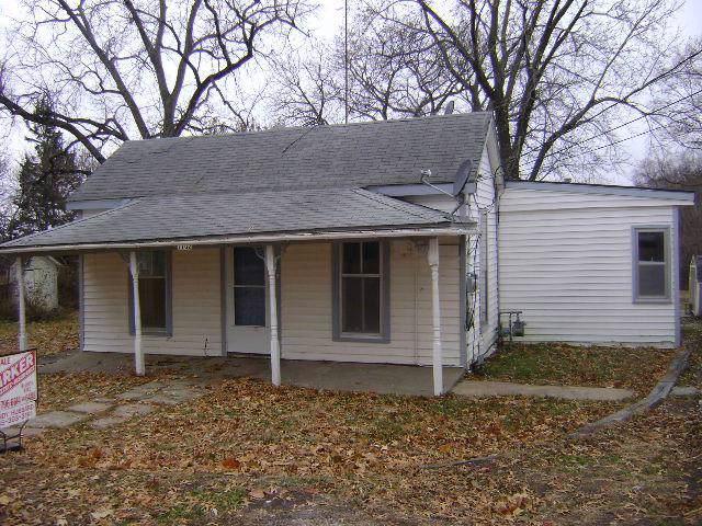 1102 Union Street, Oskaloosa, KS 66066 (#2202204) :: Eric Craig Real Estate Team