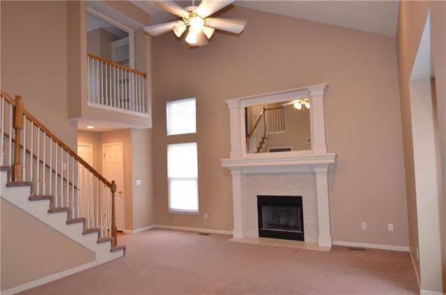 14814 Floyd Street, Overland Park, KS 66223 (#2202230) :: NestWork Homes