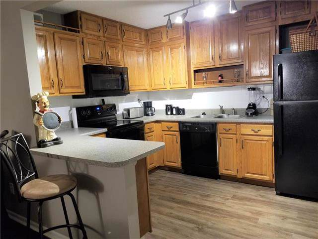 8153 Holmes Road #101, Kansas City, MO 64131 (#2202276) :: Eric Craig Real Estate Team