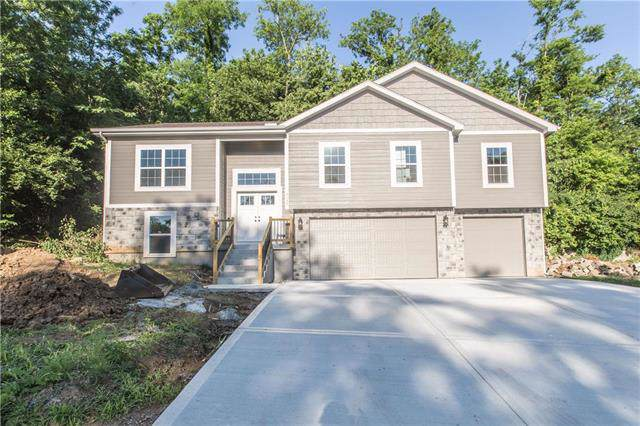 305 Deer Drive, Liberty, MO 64068 (#2202289) :: Team Real Estate