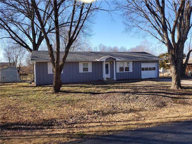 174 SE 421 Road, Warrensburg, MO 64093 (#2202417) :: Eric Craig Real Estate Team