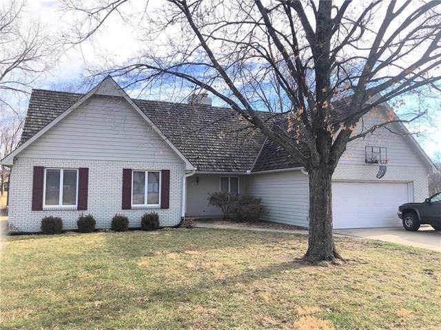 9 S Courtney Drive, Butler, MO 64730 (#2202430) :: Eric Craig Real Estate Team
