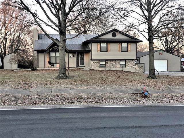401 F Highway, Garden City, MO 64747 (#2202444) :: Eric Craig Real Estate Team