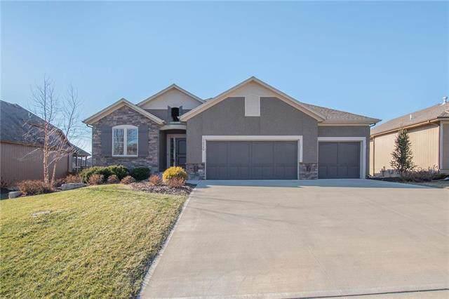16380 S Twilight Lane, Olathe, KS 66062 (#2202480) :: Eric Craig Real Estate Team