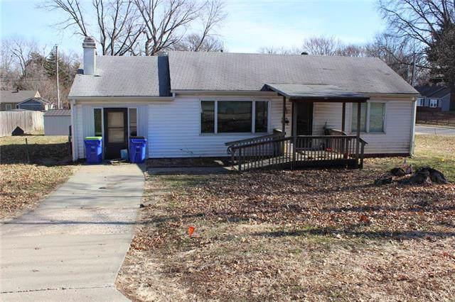 5161 Monrovia Street, Shawnee, KS 66216 (#2202487) :: Team Real Estate