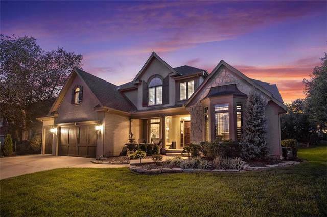 13204 Windsor Street, Leawood, KS 66209 (#2202623) :: Austin Home Team