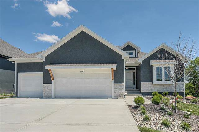 2437 W 180th Street, Overland Park, KS 66085 (#2202672) :: The Shannon Lyon Group - ReeceNichols