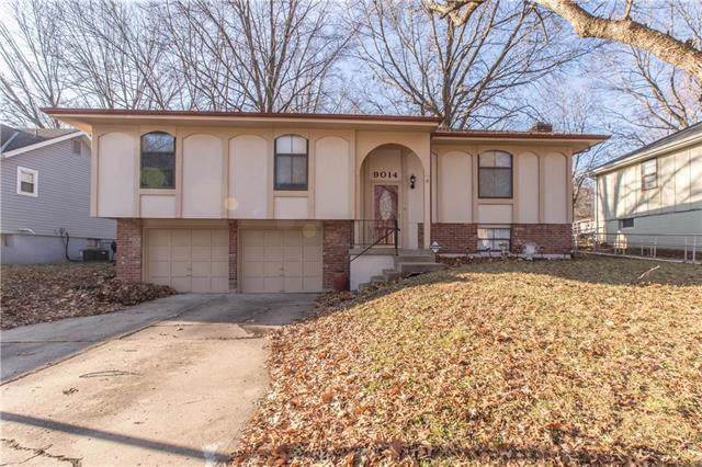 9014 Manning Avenue, Kansas City, MO 64138 (#2202815) :: Dani Beyer Real Estate