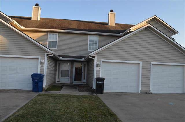 1226 NW Phelps Drive, Grain Valley, MO 64029 (#2203242) :: House of Couse Group