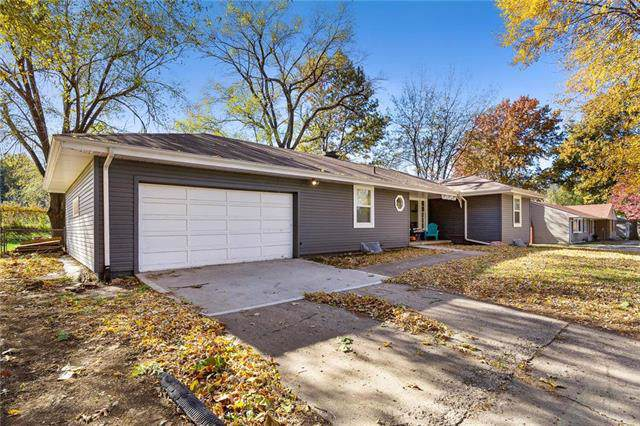 12101 E 41 Street, South N/A, Independence, MO 64052 (#2203346) :: Team Real Estate