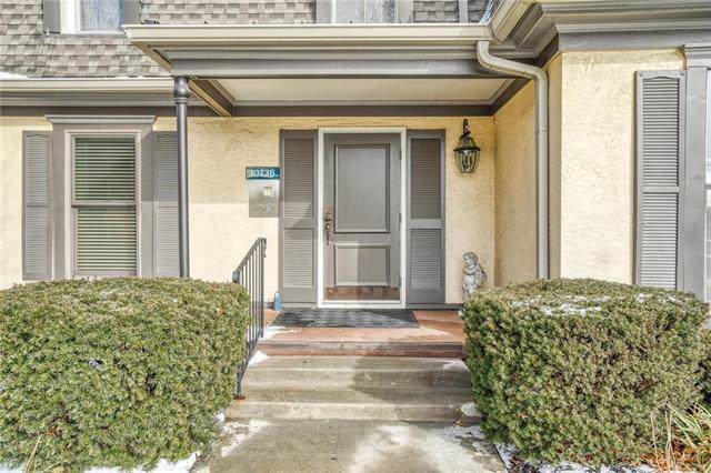 10738 Glenwood Street A, Overland Park, KS 66211 (#2203373) :: Eric Craig Real Estate Team