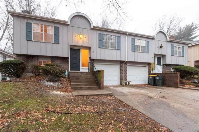 10145 W 96 Terrace, Overland Park, KS 66212 (#2203416) :: Eric Craig Real Estate Team