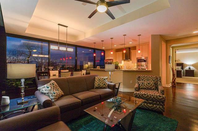 700 W 31st #308 Street #308, Kansas City, MO 64108 (#2203452) :: Eric Craig Real Estate Team