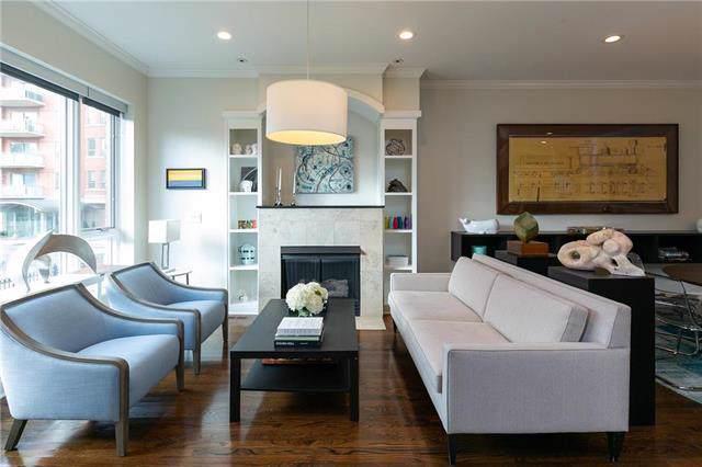 4922 Central Street, Kansas City, MO 64112 (#2203613) :: Eric Craig Real Estate Team