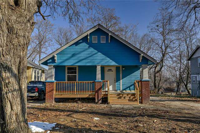1957 N 28th Street, Kansas City, KS 66104 (#2203677) :: Austin Home Team