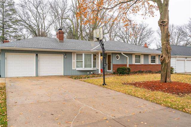 4915 Howe Drive, Roeland Park, KS 66205 (#2203694) :: Team Real Estate