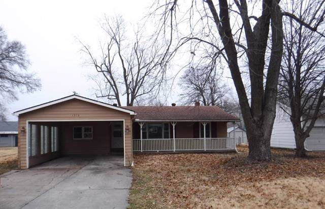 1315 S Poplar Street, Ottawa, KS 66067 (#2203705) :: Eric Craig Real Estate Team