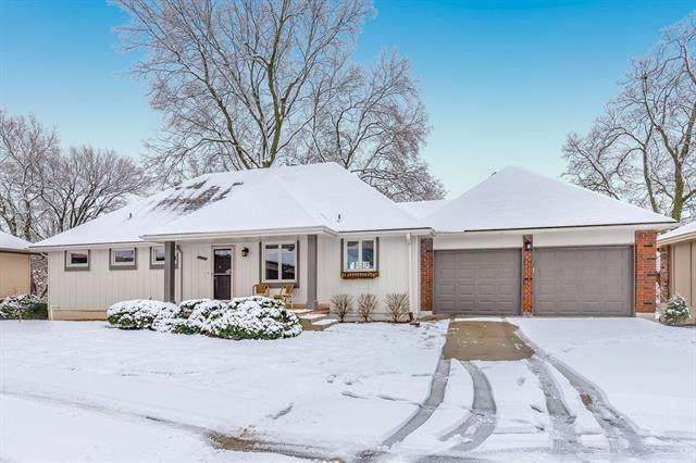 151 Woodbridge Lane, Kansas City, MO 64145 (#2203711) :: Eric Craig Real Estate Team
