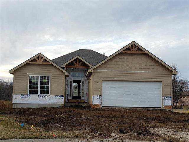 2205 SW 8th Terrace, Blue Springs, MO 64124 (#2203751) :: Team Real Estate