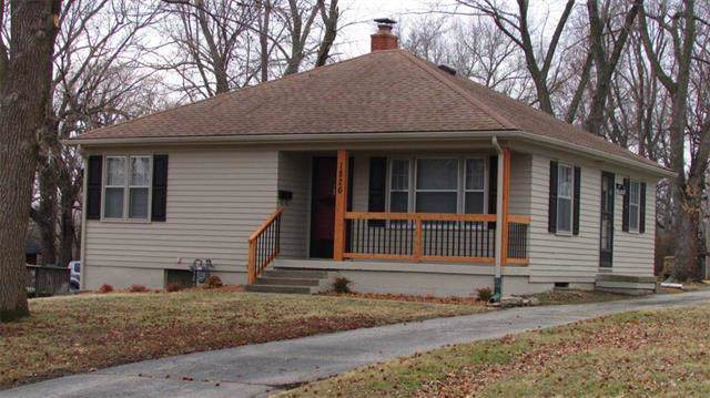 1826 S Claremont Avenue, Independence, MO 64052 (#2203766) :: Eric Craig Real Estate Team