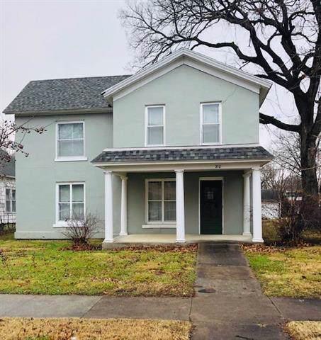 210 S Judson Street, Fort Scott, KS 66701 (#2203799) :: Edie Waters Network