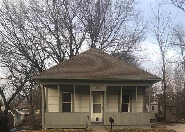 2508 Park Drive, Kansas City, KS 66102 (#2203808) :: Austin Home Team