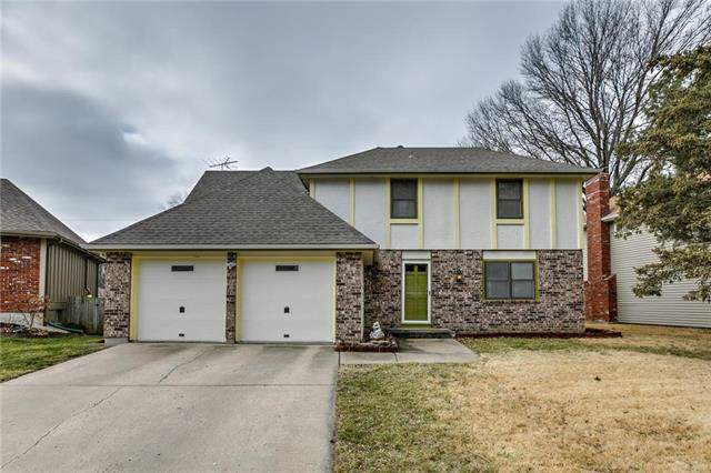 1429 Apache Lane, Olathe, KS 66062 (#2203903) :: Austin Home Team