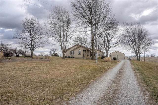 9709 S Buckner Tarsney Road, Grain Valley, MO 64029 (#2203914) :: Five-Star Homes