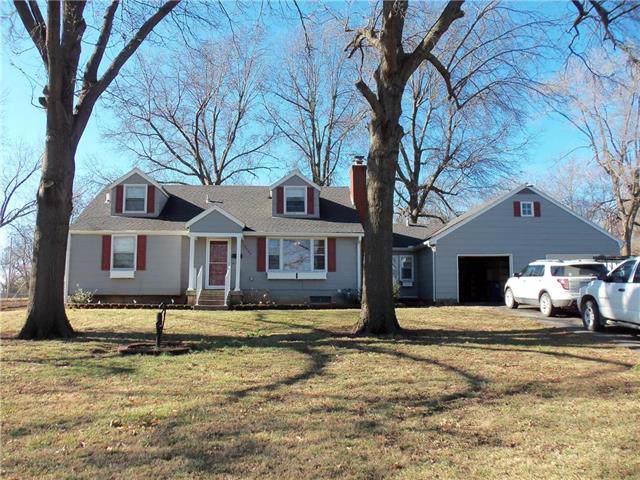 13408 15th Street, Grandview, MO 64030 (#2203947) :: NestWork Homes