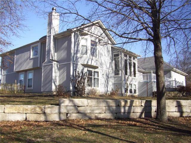 28881 Cody Drive, Louisburg, KS 66053 (#2203979) :: Eric Craig Real Estate Team