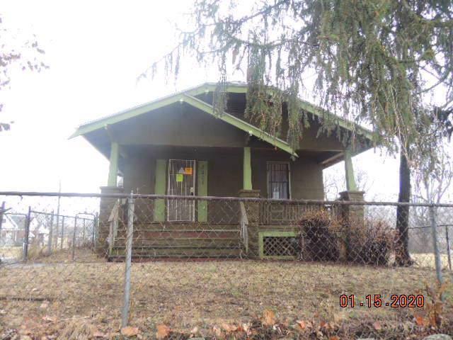 3001 Brown Avenue, Kansas City, KS 66104 (#2203996) :: Dani Beyer Real Estate