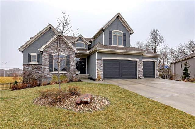 16625 Slater Street, Overland Park, KS 66085 (#2204024) :: Team Real Estate