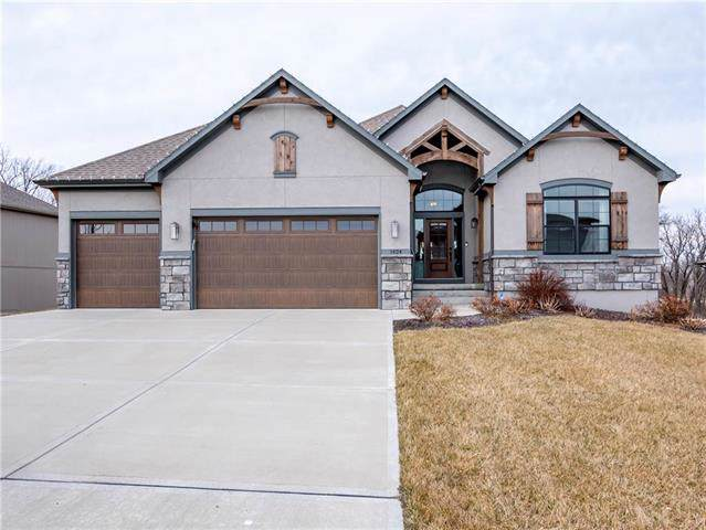 1424 Woodland Road, Greenwood, MO 64034 (#2204030) :: Five-Star Homes