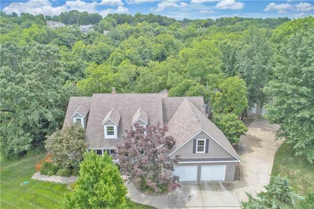 1012 NE Bryant Court, Lee's Summit, MO 64086 (#2204067) :: Team Real Estate