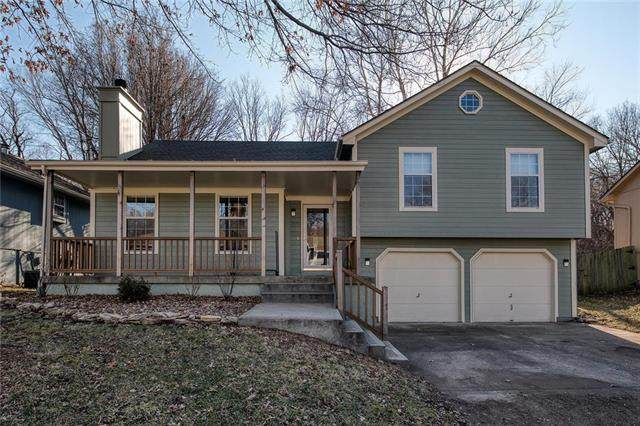 18109 E 31st Terrace, Independence, MO 64057 (#2204087) :: Beginnings KC Team
