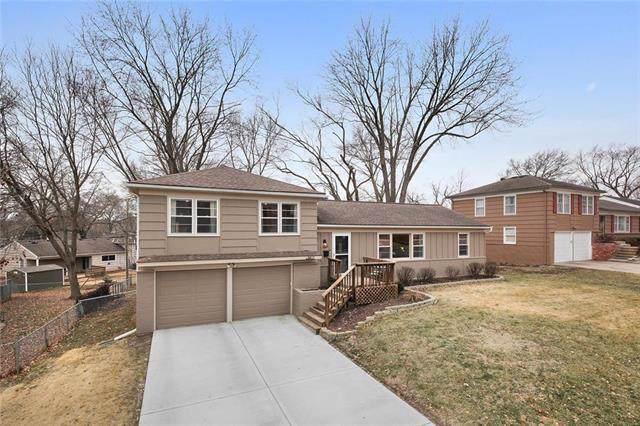 5817 W 101st Place, Overland Park, KS 66207 (#2204111) :: Dani Beyer Real Estate