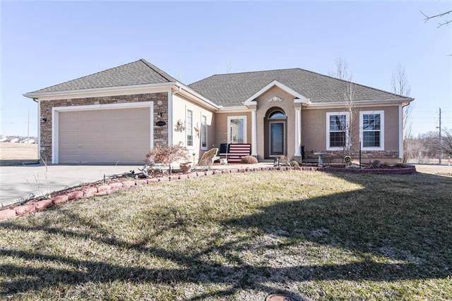 14605 Eastern Court, Grandview, MO 64030 (#2204120) :: Dani Beyer Real Estate