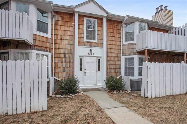 8333 Lowell Avenue #3, Overland Park, KS 66212 (#2204121) :: Dani Beyer Real Estate