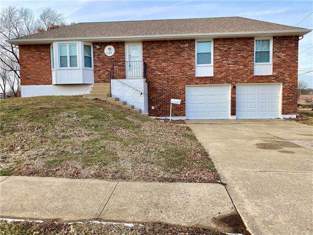 15404 E 42nd Place, Independence, MO 64055 (#2204194) :: The Gunselman Team