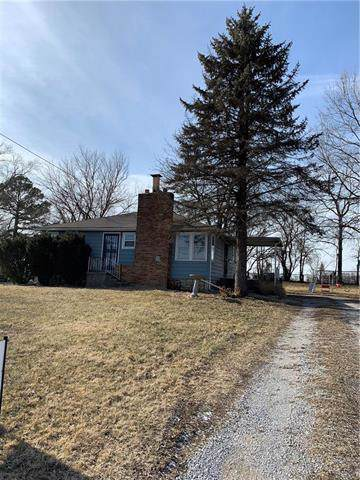 2728 S 42nd Street, Kansas City, KS 66106 (#2204196) :: Eric Craig Real Estate Team