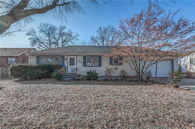 117 S Central Street, Olathe, KS 66061 (#2204205) :: Team Real Estate