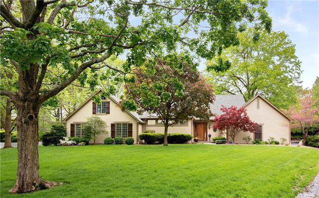 8400 Linden Lane, Prairie Village, KS 66207 (#2204249) :: Team Real Estate