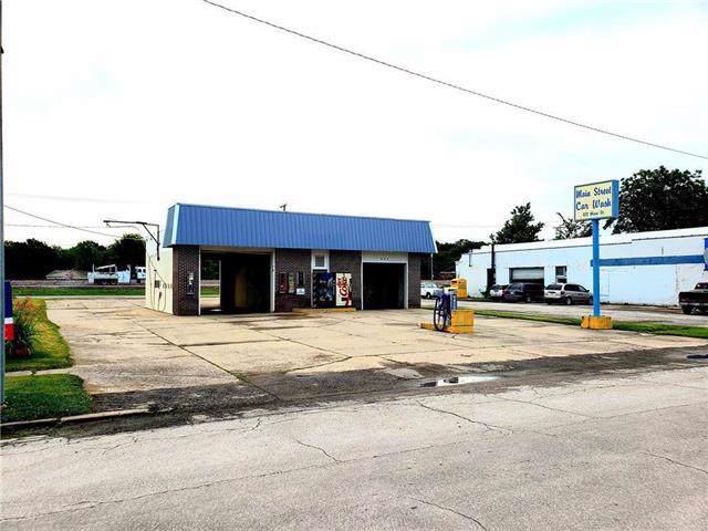 622 Main Street, Pleasanton, KS 66075 (#2204264) :: The Gunselman Team