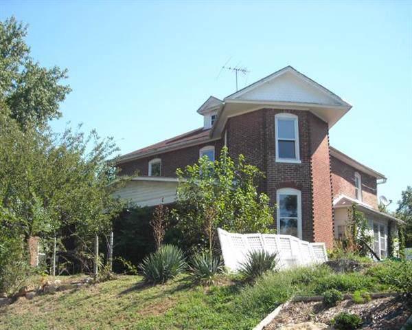 608 N 3rd Street, Atchison, KS 66002 (#2204285) :: Eric Craig Real Estate Team