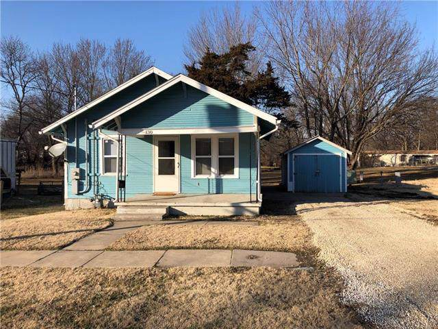130 Parker Street, Osawatomie, KS 66064 (#2204287) :: Dani Beyer Real Estate