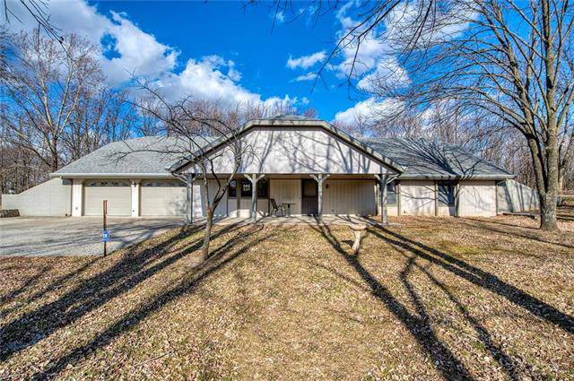 13725 Scottsdale Place, Smithville, MO 64089 (#2204374) :: Edie Waters Network