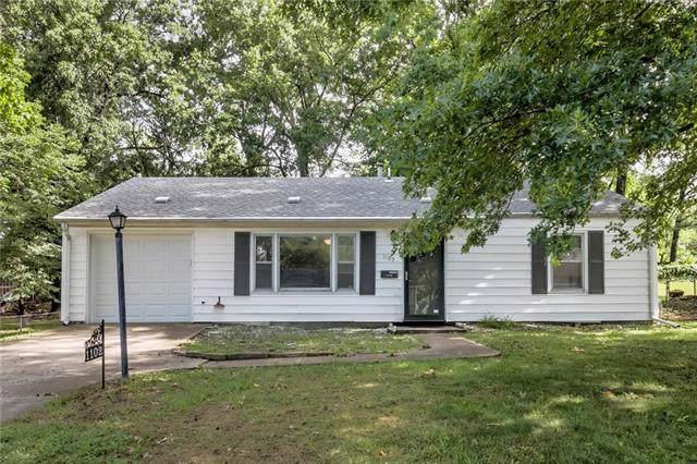 1102 NE 67th Terrace, Gladstone, MO 64118 (#2204571) :: Eric Craig Real Estate Team