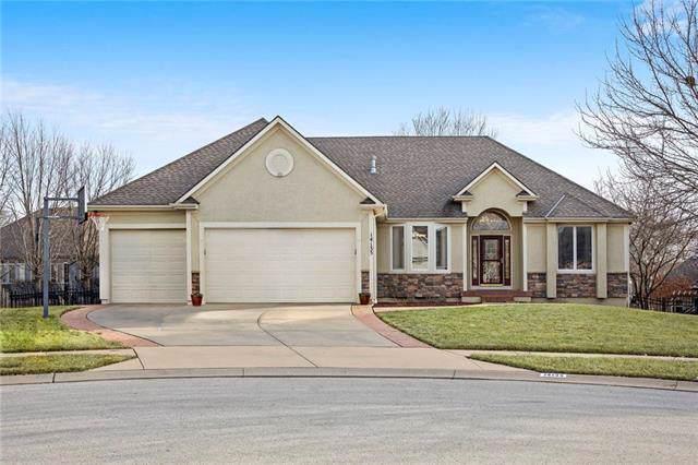14135 W 138th Court, Olathe, KS 66062 (#2204575) :: Dani Beyer Real Estate